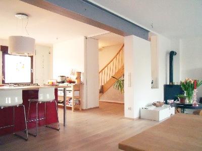 stahltrger verkleiden sulen mit haftgrund grundiert die neuen zuleitungen fr die zwei sind. Black Bedroom Furniture Sets. Home Design Ideas